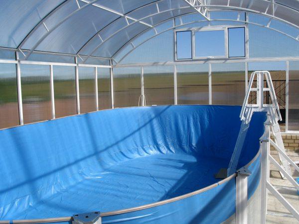 Сборный бассейн без воды