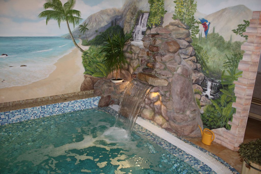 Водопад для бассейна типа Стеновой